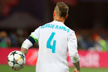 sergio ramos playing for Real Madrid in La Liga