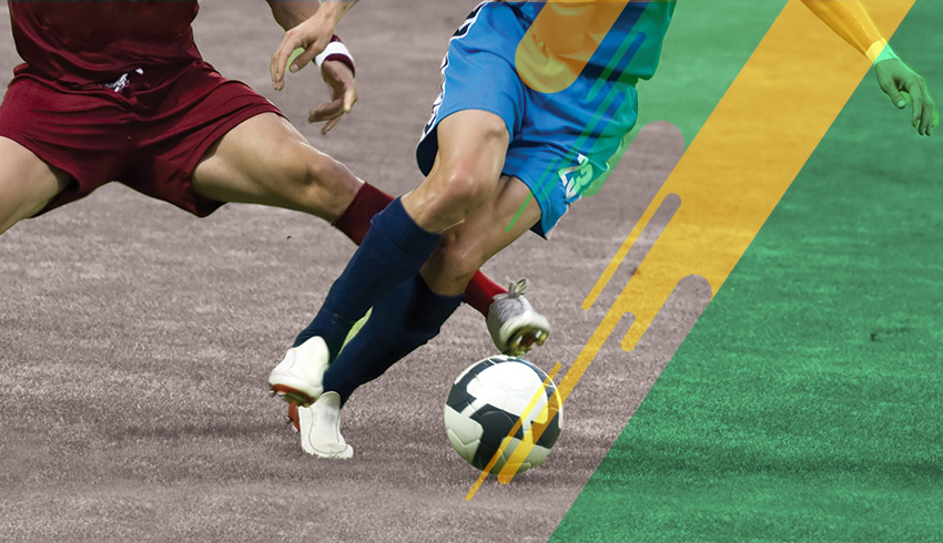 Brazilian Paulista Championship football players disputing ball during match